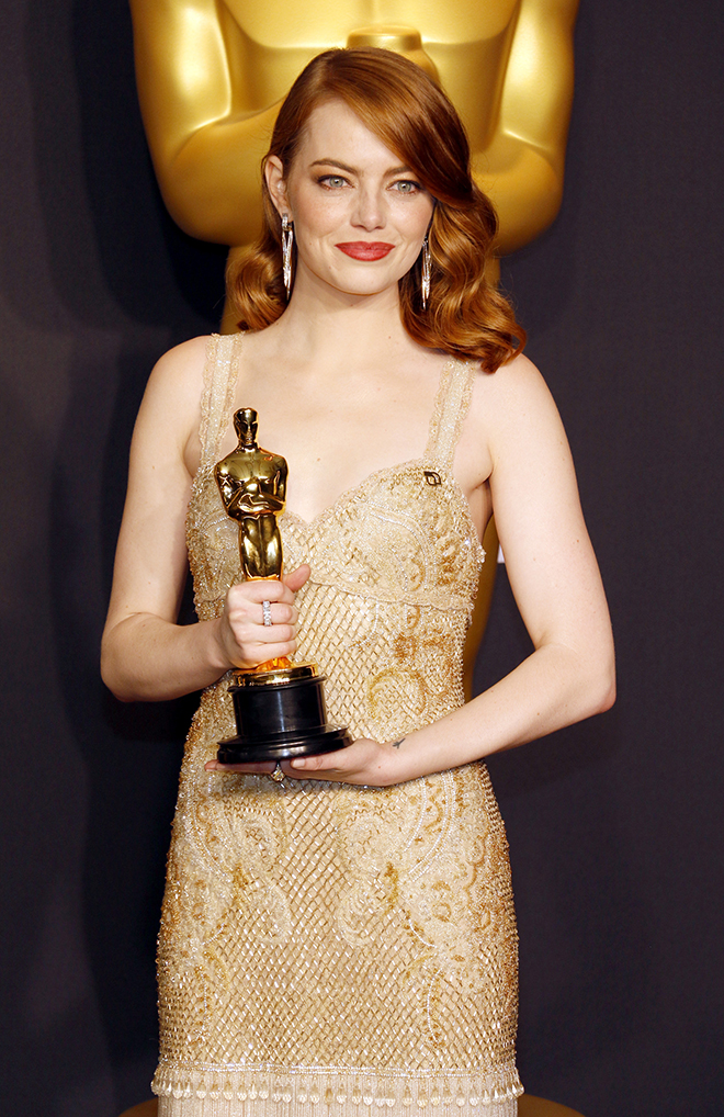7-Celebrities-That-Rocked-the-Vintage-Look-Emma-Stone
