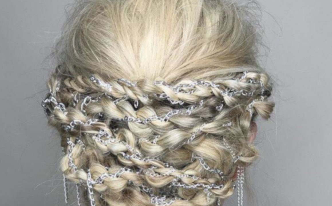9 Holiday Hairstyles That Will Make You The Star of The Show