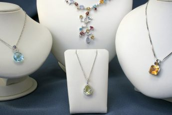 beautiful jewelry necklaces