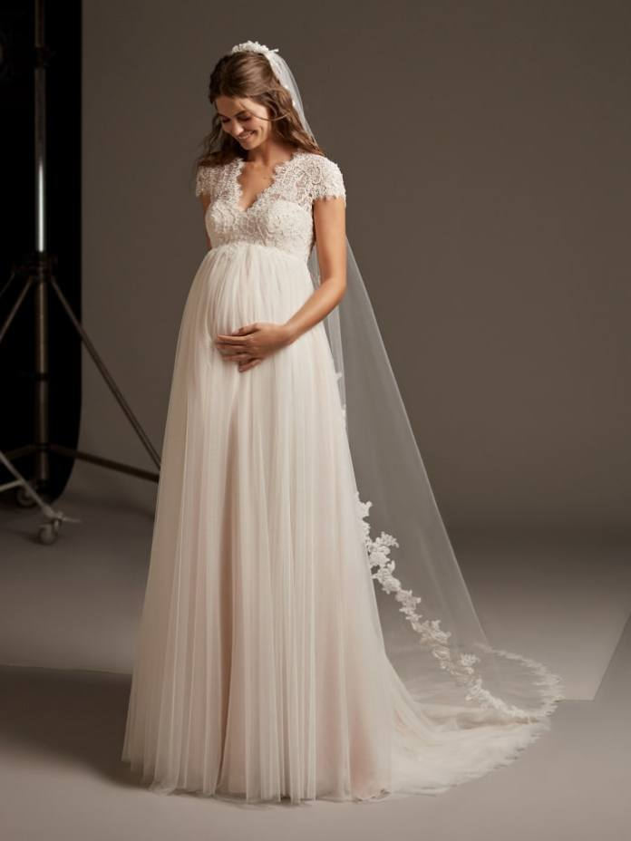 The Pronovias Lucky Star wedding gown, also available on Wedding Dress for Rent.