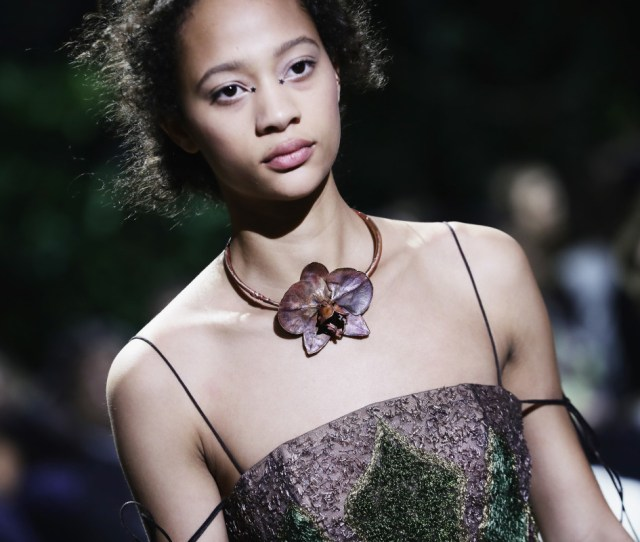 The Beauty Look From Diors Spring  Couture Show Photo Vittorio Zunino Celotto