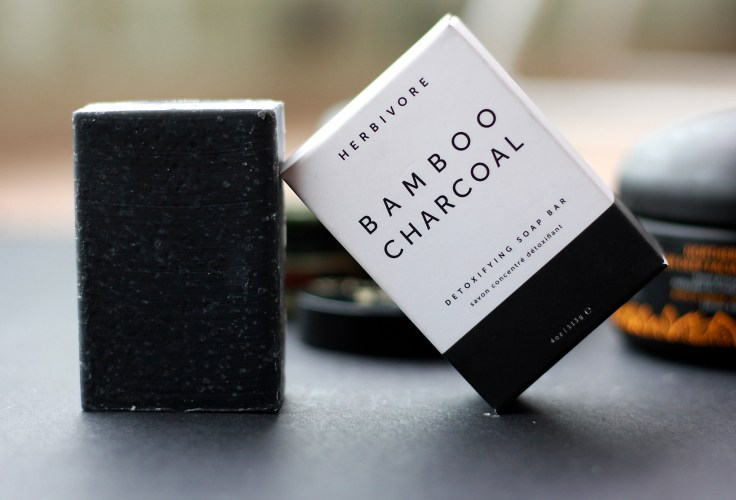 HERBIVORE BOTANICALS Bamboo Charcoal - Deep Cleanse Detoxifying Soap Bar