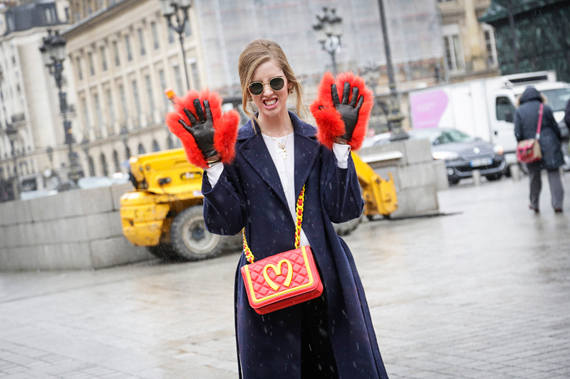 Fall-2014-Trends-Novelty-Bags-Street-Style-Paris-Fashion-Week-019