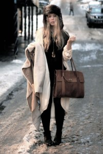 ivory-camilla-norrback-cardigan-brown-wera-bag_400