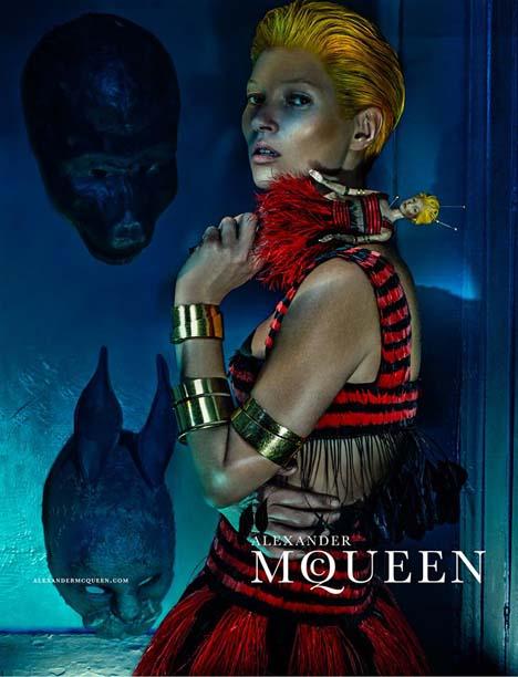 Kate-Moss-McQueen-02