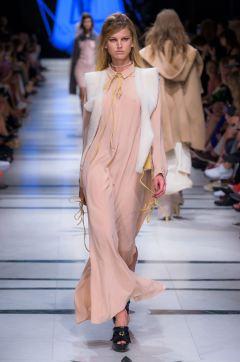 27_LukaszJemiol_230616_web_fot_Filip_Okopny_Fashion_Images
