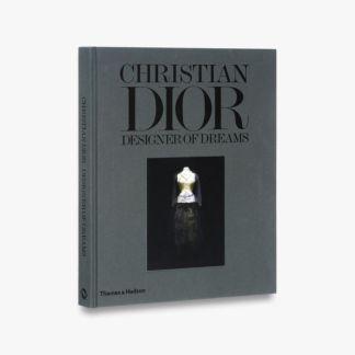 Grāmatas par Haute couture