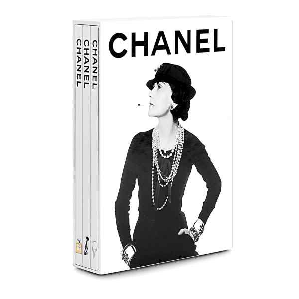 Book cover Chanel 3-Book Slipcase