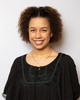 Aura Henriquez