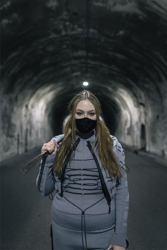 Seamless heat bonded finishes, with hand-applied anti-abrasion elastic cord, designed for lightweight protection, allowing the wearer to slip undetected into the darkness of the night.