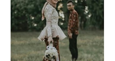 Baju Kebaya Couple Brokat Payet Transparan Batik Navy
