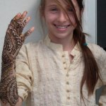 Lovely Kids Mehndi Henna tattoos Hand and feet Designs Collection (9)