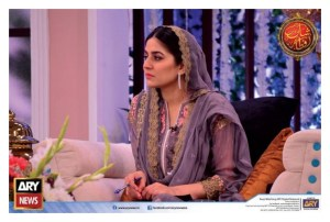 Sanam Baloch with her Sister Sabreen in Shaan-e-Ramza (6)