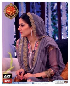 Sanam Baloch's Sister Sabreen Live in Shaan-e-Ramzan Transmission (2)