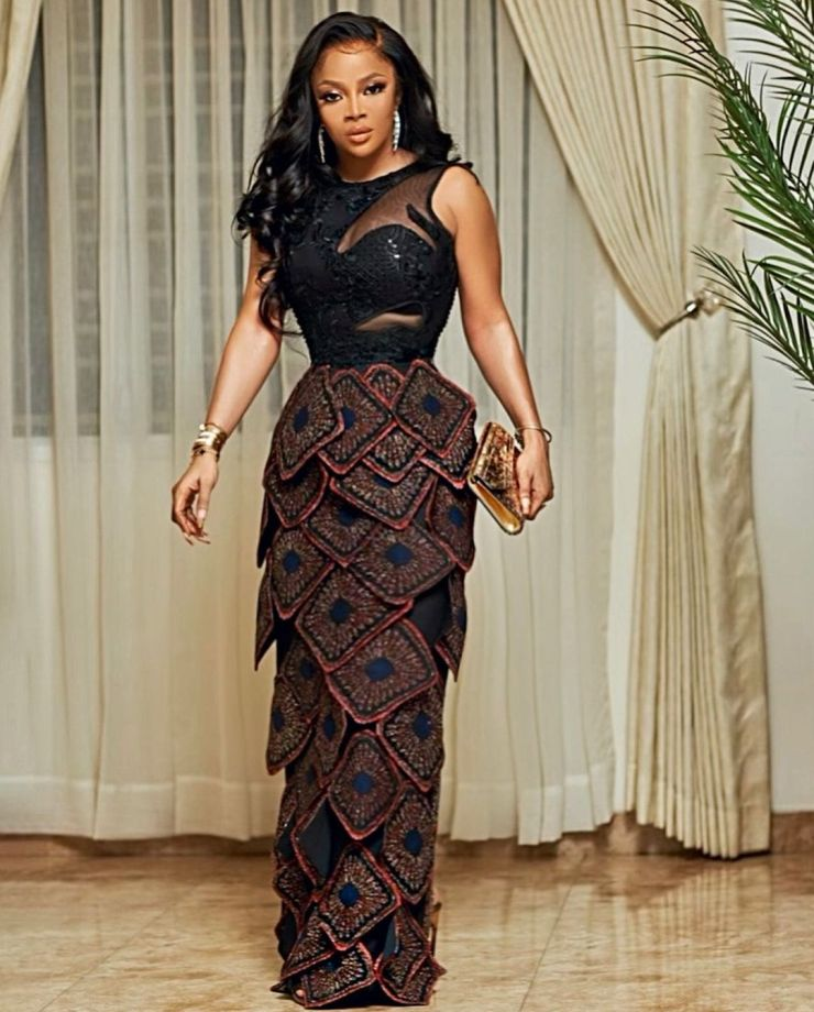 Toke Makinwa- Pulling Attention In Owanbe Out