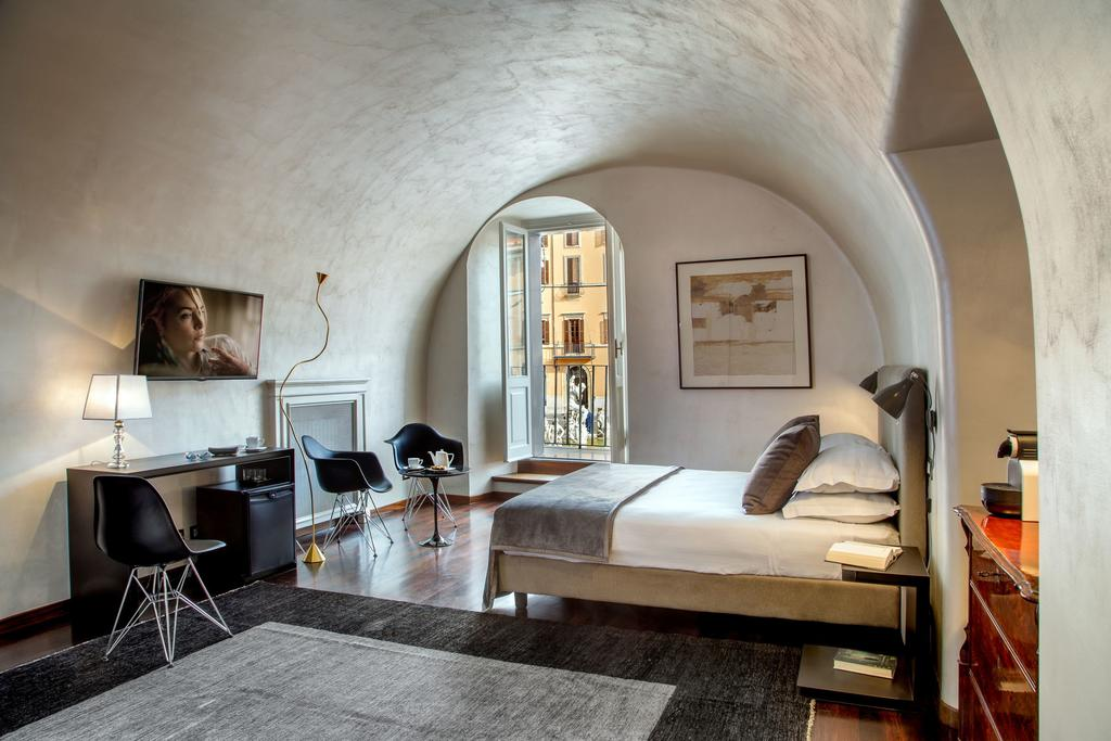 Best Hotels In Rome Italy Where To Stay In Rome Fashion Travel Accessories Palazzo De Cupis - Suites and Views 4