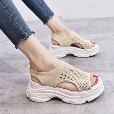 Qoo10 Fashion Trend Report #11  夏真っ盛りの今こそ買い足したい! Qoo10人気サンダル
