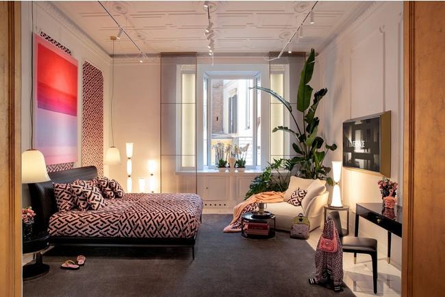 ヴェルサーチェ 2021ホームコレクション ミラノデザインウィークで発表