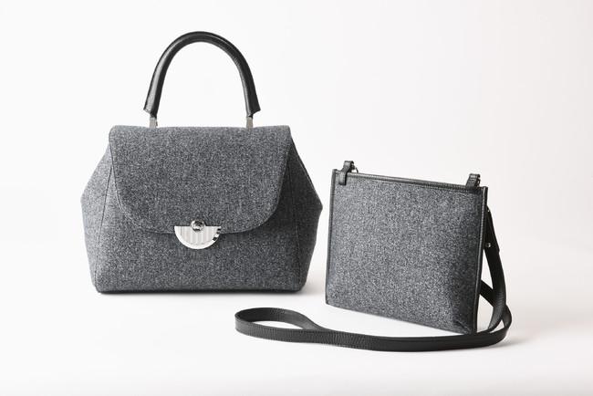 Sac de Temps (左)ハンドバッグ(中) 税込¥132,000(22×27×マチ13cm、ショルダーストラップ付き) (右)サコッシュ 税込¥33,000(18×24×マチ2cm)(ともに毛、牛革、裏側:豚革、本館3階)