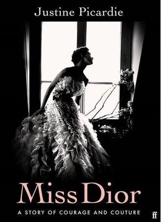 【DIOR】ムッシュ ディオールの妹に捧げられた本『Miss Dior』が刊行