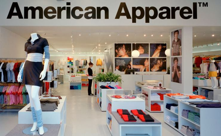 American Apparel plans store closures, layoffs for growth