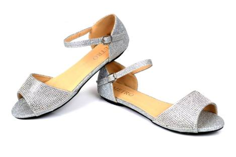 Eid Ul Azha High Heel Footwear By Metro Shoes 2015-16