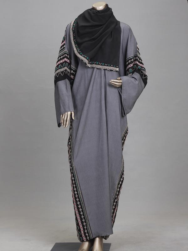 gray & black abaya