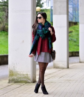 How To Do Winter Scarf Styling With Casual Outfits 14