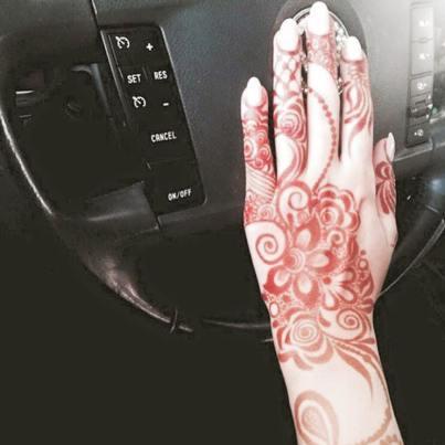 Winter Bridal Mehndi Ideas Fashion 2015-16 13