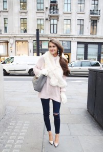Faux Fur Stole Every Girl Should Wear This Winter 3