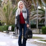 Flared Pants Office Outfits Women Should Wear In Winter 22