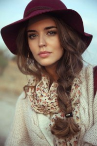 Hair Under Winter Hats Styling Ideas Women Should See 2