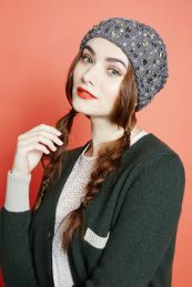 Hair Under Winter Hats Styling Ideas Women Should See 3