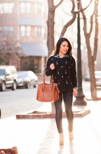 Layered Winter Outfits Women Should Wear 10