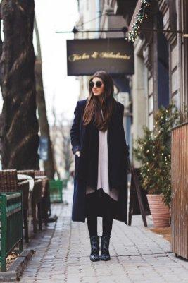 Stylish Winter Long Coats Every Women Should See 7