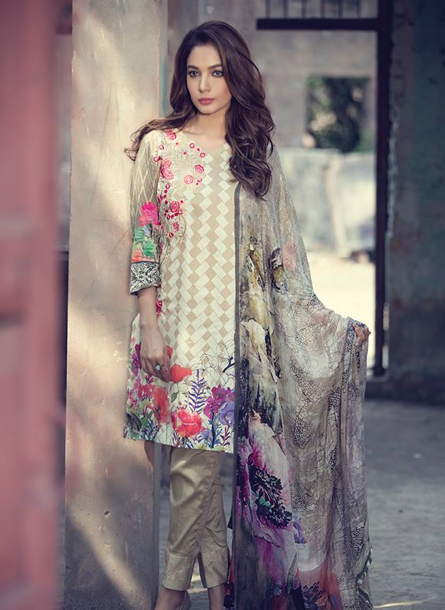 Embroidered pret collection