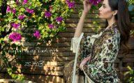 saira-hassan-velvet-embroidered-winter-dresses-2016-17-6