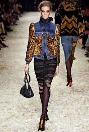 AW15_WOMENS_LOOK_09