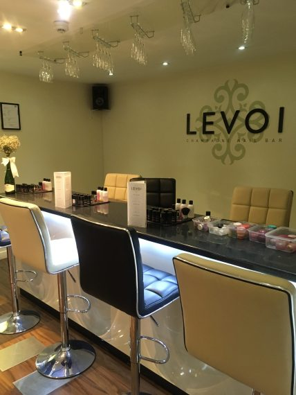 Levoi Champagne Nail Bar