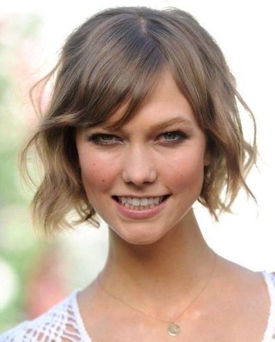 Karlie Kloss Hair History Short 1