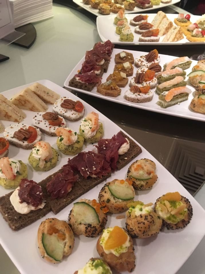 JOHN LEWIS URBAN RETREAT SPA CANAPES