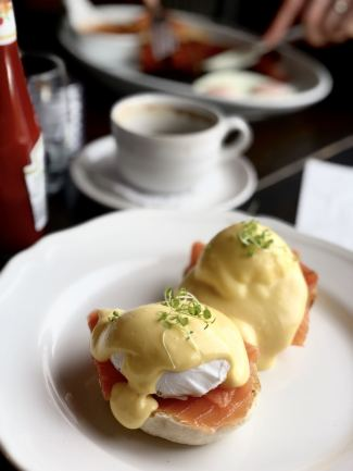 An image of Forsyth & Reed Eggs Royale, poached eggs with smoked salmon on an english muffin
