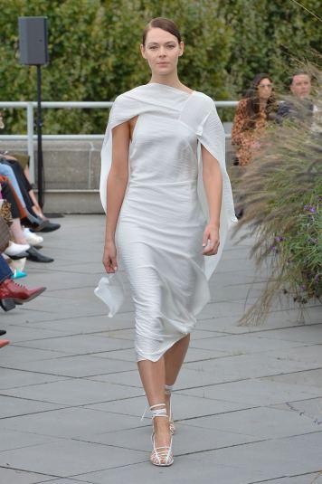 Roland Mouret SS19 LFW Fashion Voyeur Blog 3 Cape Dress