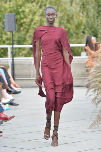 Roland Mouret SS19 LFW Fashion Voyeur Blog 8 Burgundy Dress