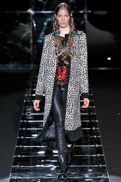 Fausto Puglisi Milan RTW Fall Winter 2015 Feb Mar 2015