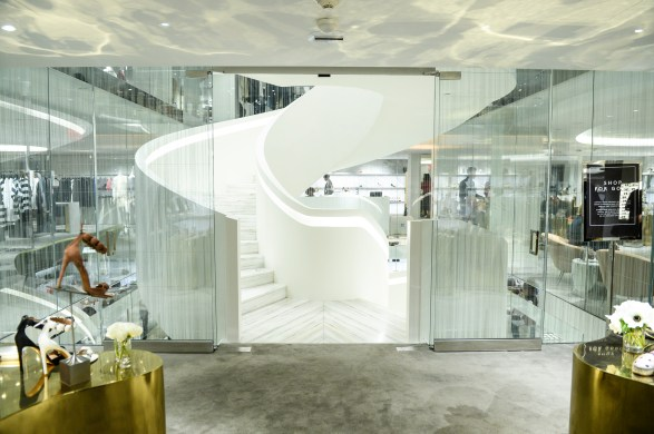 BARNEYS NEW YORK LAUNCHES: CHELSEA FLAGSHIP STORE