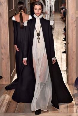 Valentino Paris Haute Couture Fall Winter 2016 July 2016