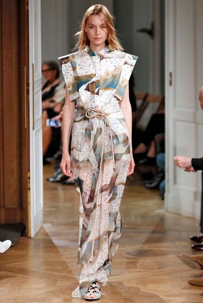 Vionnet Paris RTW Spring Summer 2017 September - October 2016