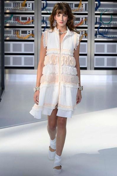 Chanel Paris RTW Spring Summer 2017 October 2016