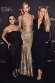 NEW YORK, NY - NOVEMBER 16: Eva Longoria, Karlie Kloss and Blake Lively attend the L'Oreal Paris Women of Worth Celebration 2016 Arrivals on November 16, 2016 in New York City. (Photo by Michael Loccisano/Getty Images for L'Oreal) *** Local Caption *** Eva Longoria;Karlie Kloss;Blake Lively